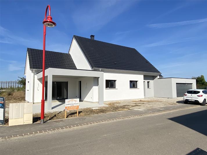 Maisons à Sainte Croix en Plaine